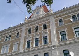 Klauzál téri vásárcsarnok és SPAR üzlethelység 3
